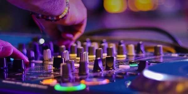 Step 1: DJ